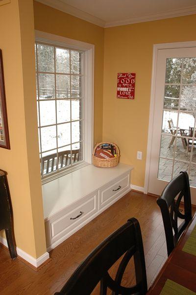 dining room window seat