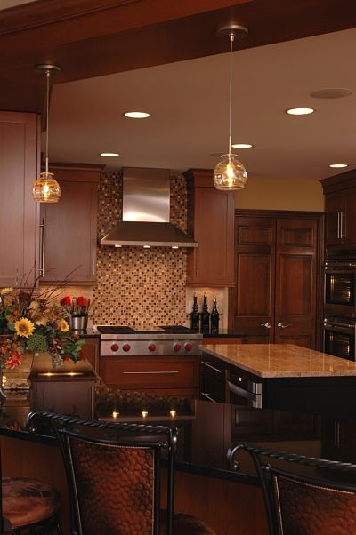 kitchen-with-island-and-pendant-lights