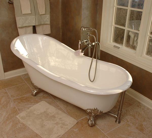 Freestanding Bathtub with Handheld Shower Attachment