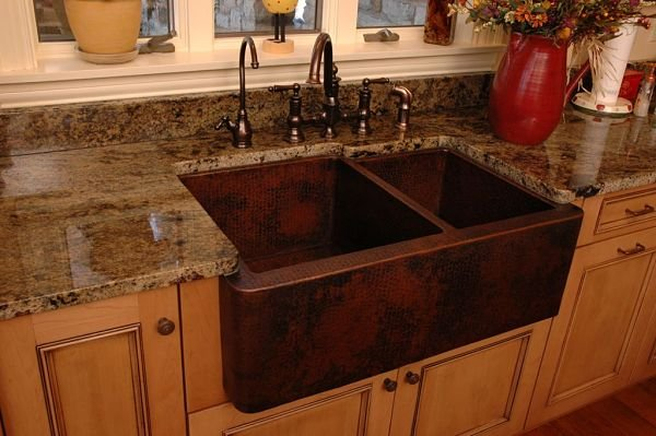 hammered copper farmhouse sink