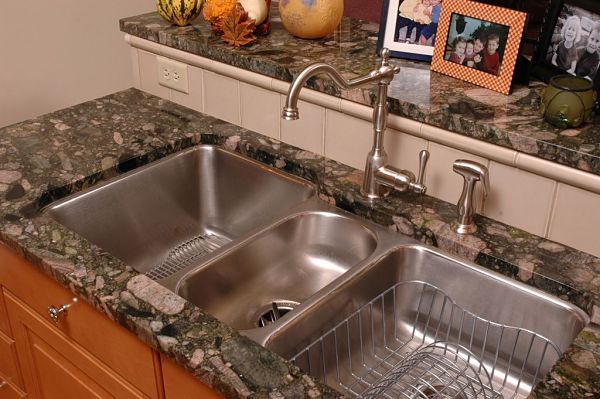 undermount stainless steel sink with three bowls