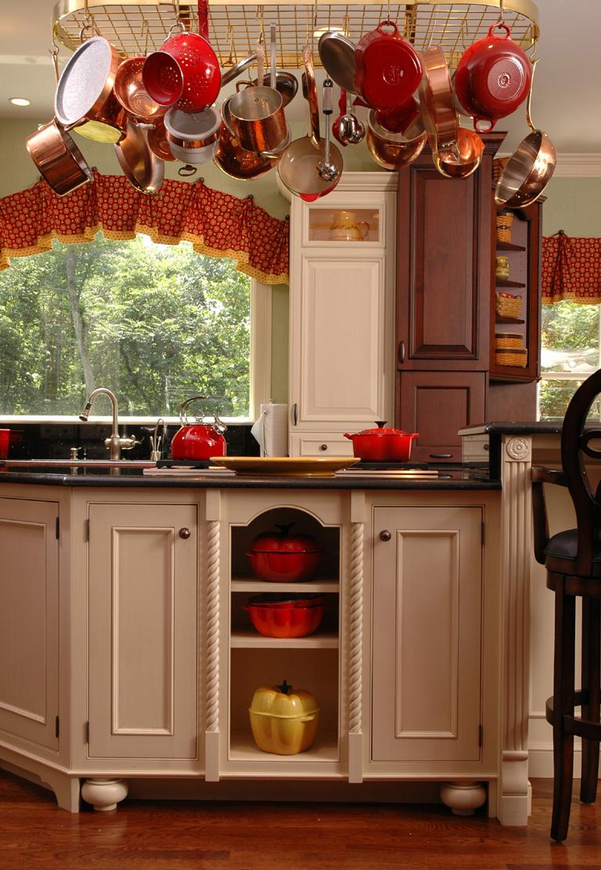 Kitchen Cabinet Features