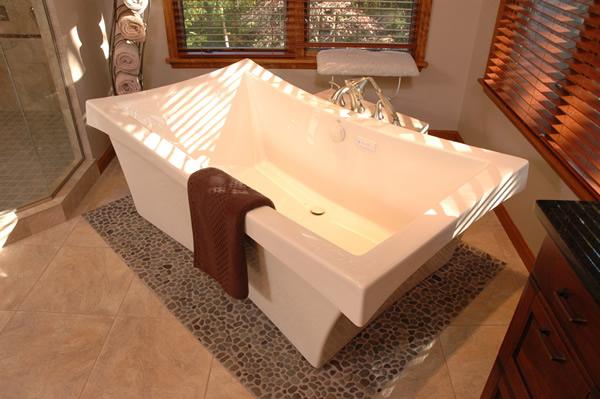 Master Bathroom Spa Tub