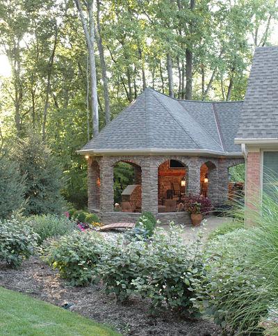 outdoor living space with garden