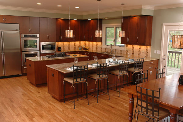 kitchen with recessed, accent and pendant lights