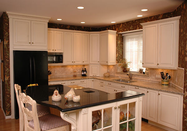 kitchen with recessed lights & 6 Tips for Selecting Kitchen Light Fixtures