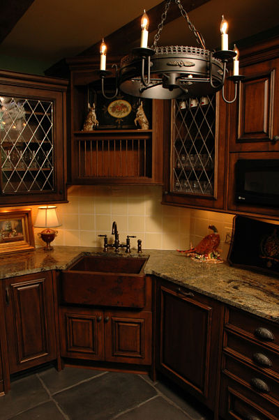 basement english style kitchen
