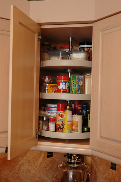 kitchen cabinet carousel