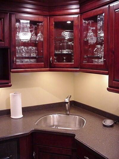 single stainless steel bowl sink