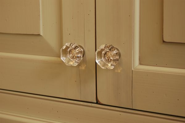 cabinet with glass knobs