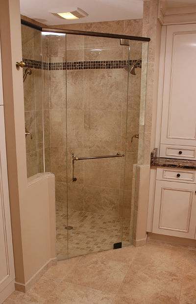 walk-in shower with fan/light unit