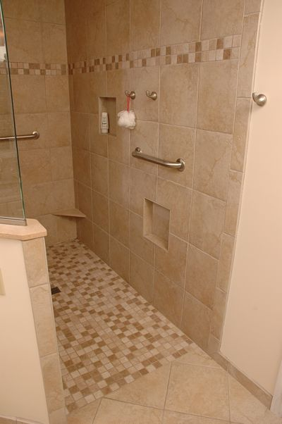 doorless walk-in shower with level threshold
