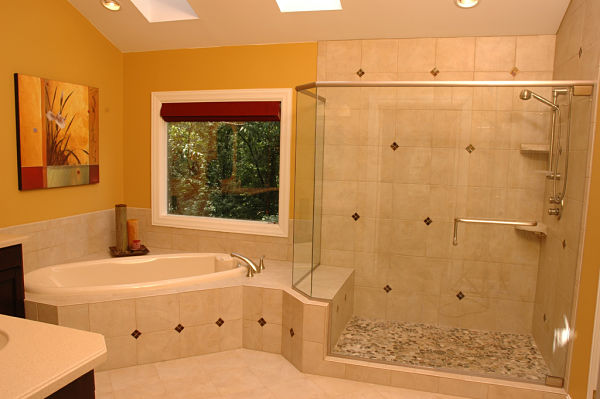 master bath tile detail