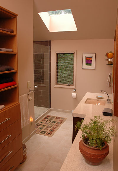 master bath with linear elements