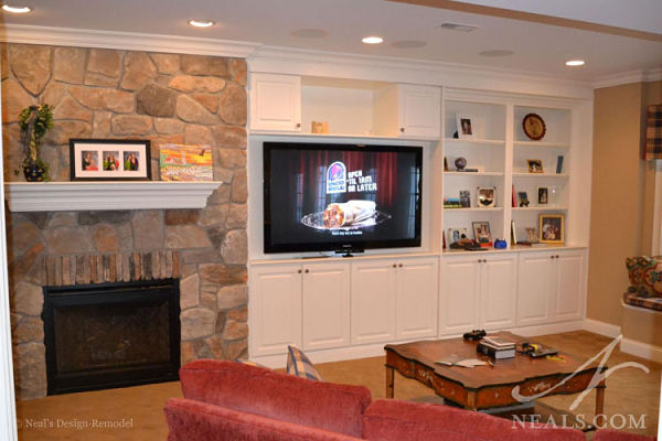 basement with built in shelves