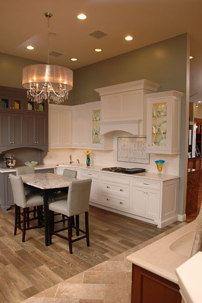 Neals showroom transitional kitchen display