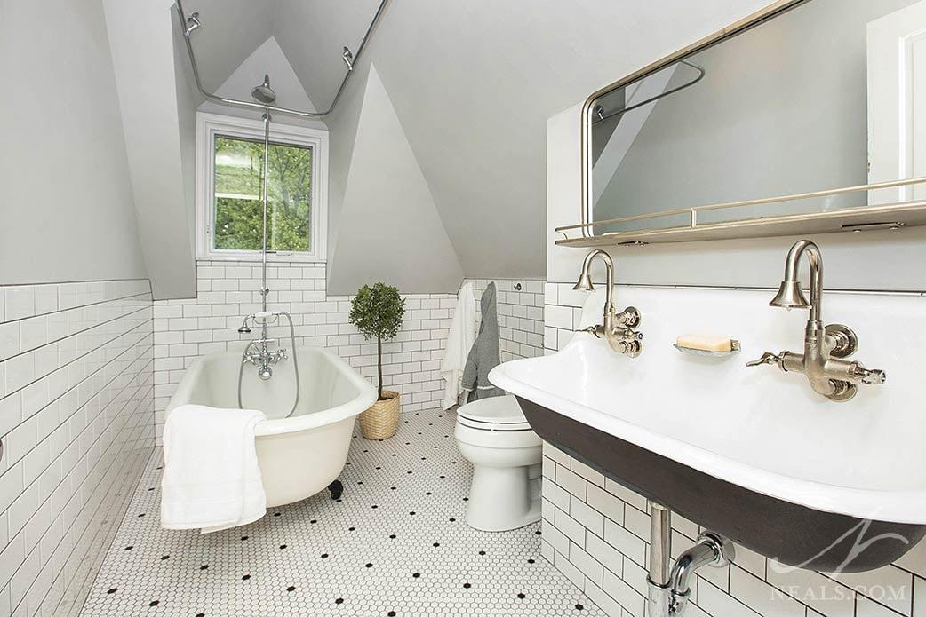 Farmhouse Bathroom Remodel in Newport