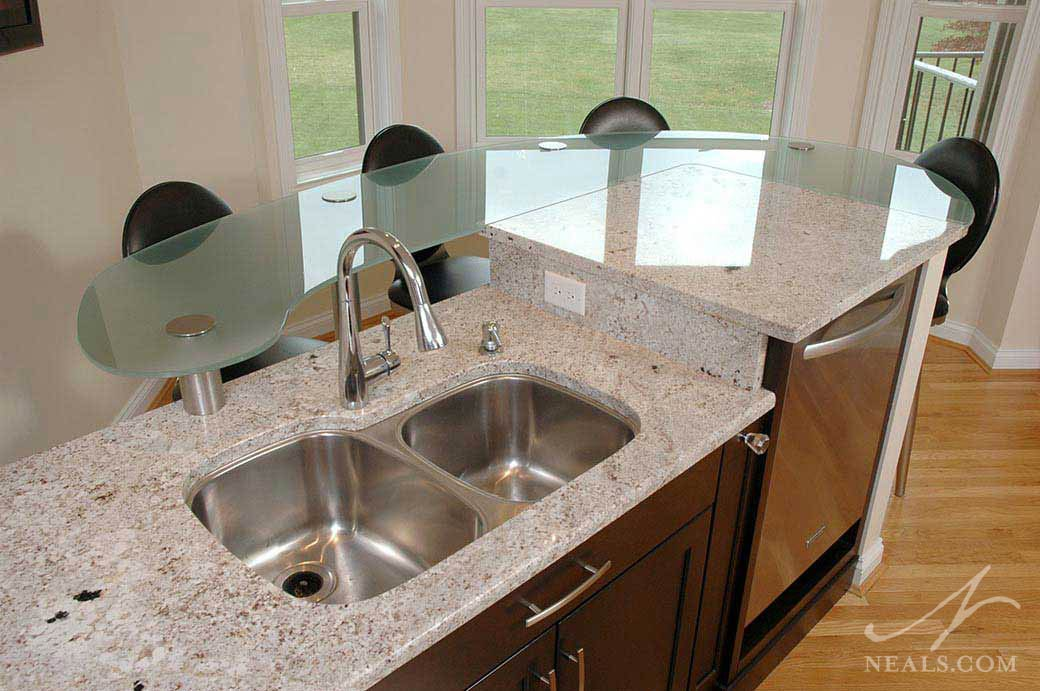 glass accent counter in modern kitchen