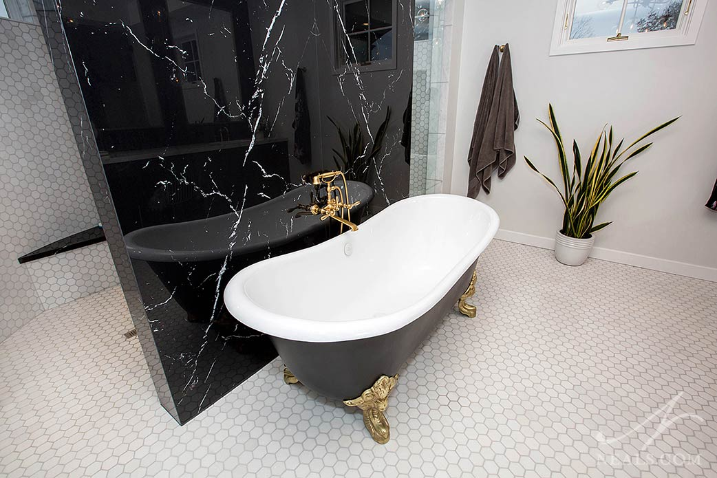 soaker tub with custom finish